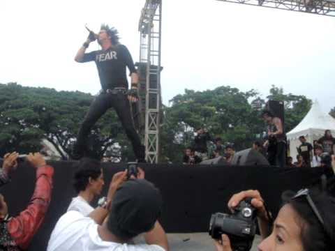 Total Chaos -Squatter's Song ( Live In Indonesia )