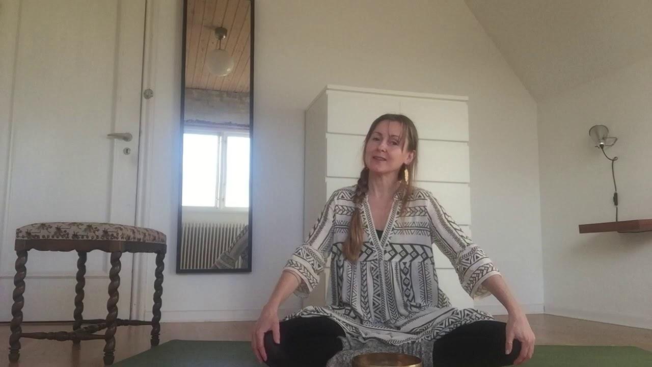 Karbech Yoga for Vejen Frem