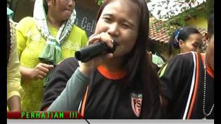 Video GOYANG OPLOSAN PUTRA SURTI MUDA 2015 download MP3, 3GP, MP4, WEBM, AVI, FLV Oktober 2017