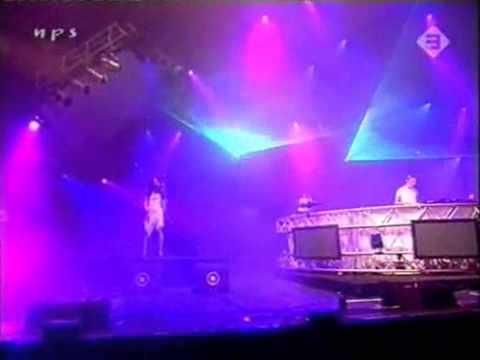 DJ TIESTO - ADAGIO FOR STRINGS  ( LIVE AF PINKPOP 2004 )