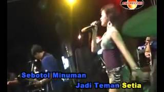 Video Sebotol Minuman Dangdut Koplo Hot download MP3, 3GP, MP4, WEBM, AVI, FLV Oktober 2017