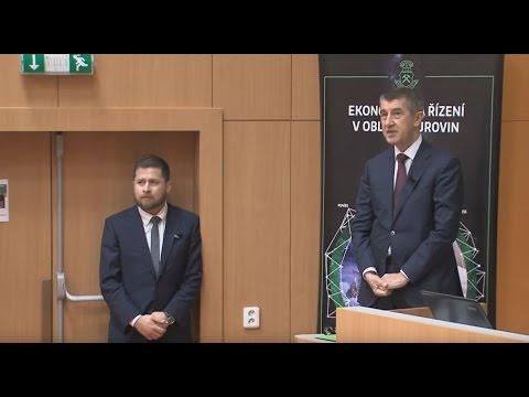 Přednáška Otázky fiskální a daňové politiky