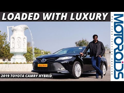 New  Toyota Camry Hybrid Detailed Review | Stylish, Feature Loaded and Luxurious | Motoroids