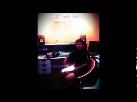 Sulam Pengerindu ~ Xavier Meringai akustik santai
