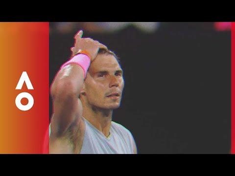 Players paint the court neon | Australian Open 2018