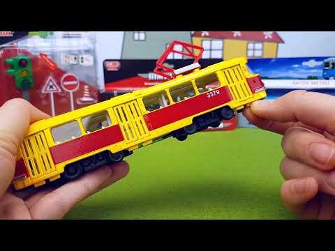 Voitures-jouets et transport: Bus scolaire, Limousine, Tramway, Wagon de métro.
