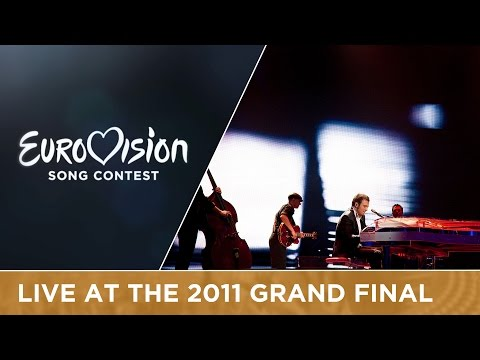 Raphael Gualazzi - Madness Of Love (Italy) Live 2011 Eurovision Song Contest