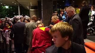 Завершился визит Далай-ламы в Латвию