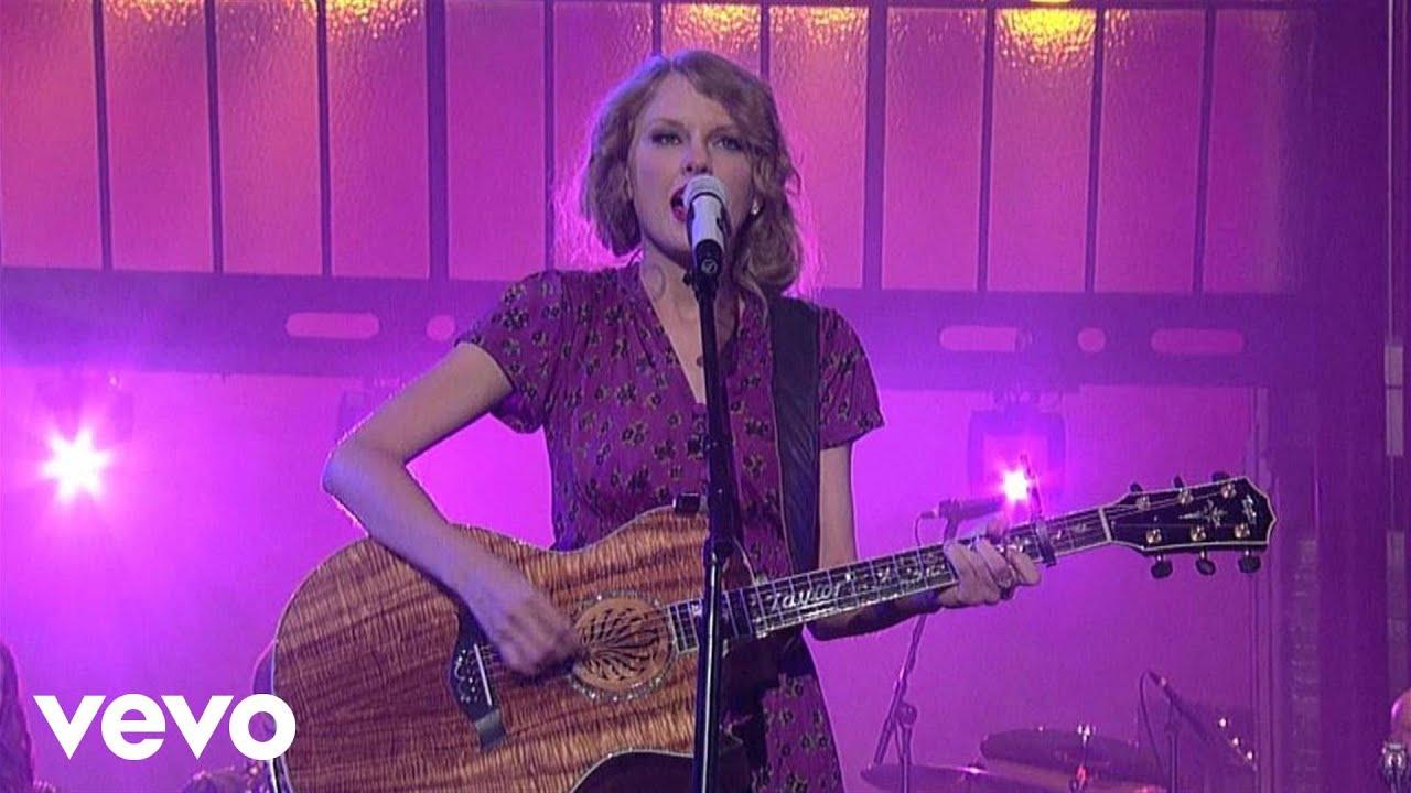 Download Taylor Swift - Back To December (Live on Letterman)