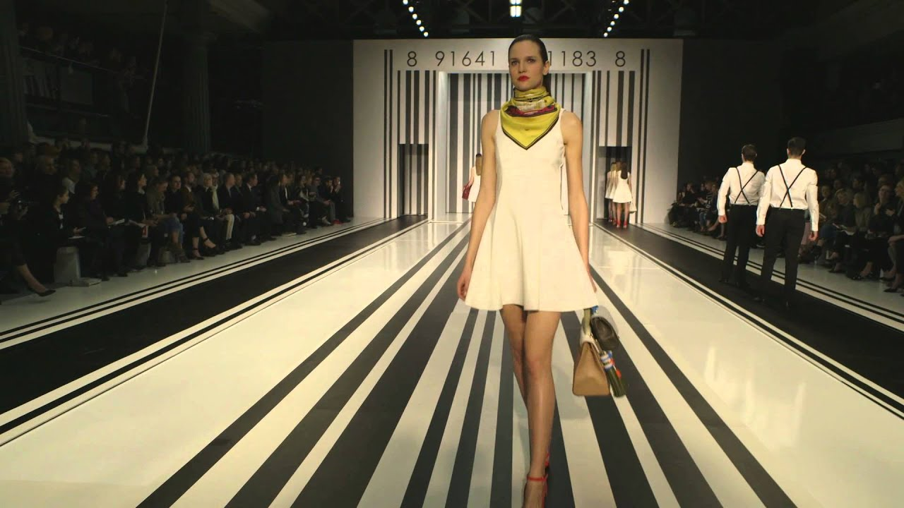 """Anya Hindmarch London - LFW """"Counter Culture"""" Show"""