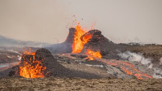 video: Watch:Hikers evacuated as lava spurts from new crack in Iceland volcano's surface
