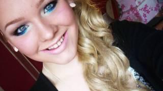 NikkieTutorials | Sexy, yet fun Neutral Eyes with Pop of Blue!
