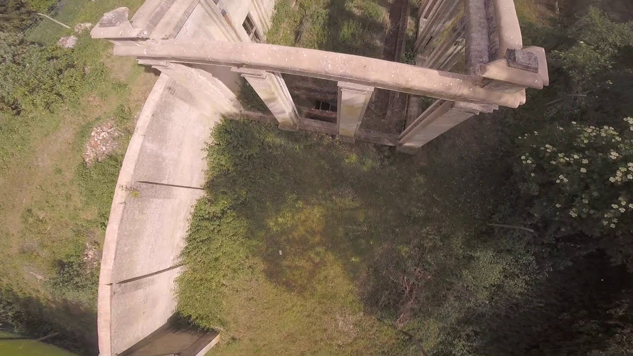 FPV Freestyle at an old ORANGERY?? картинки