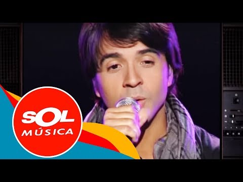Sad Spanish Songs: Your Essential Break-Up Latin Playlist