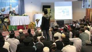Boys Waqfe Nau class with Hadhoor-e-Aqdas Germany 2011