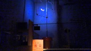 雷放電実験.