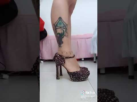 High heels... And gowns form MUSCALIY... - YouTube