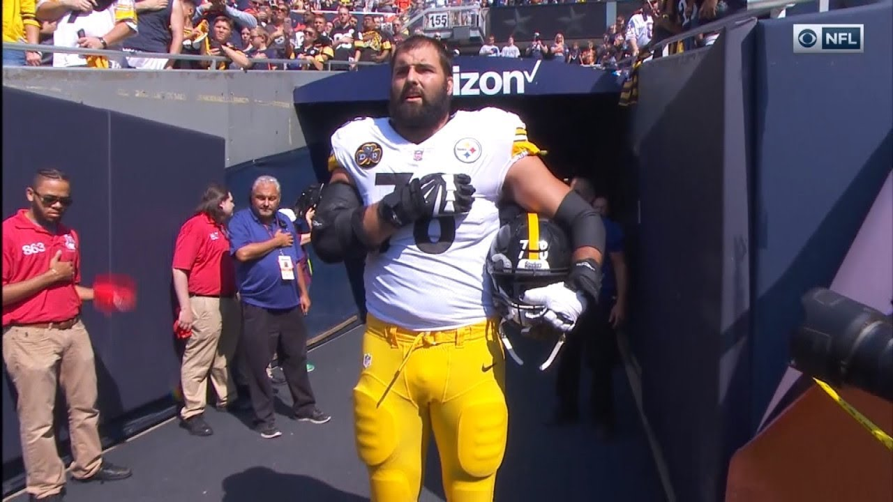 on sale 145f4 633b1 NFL Player and Army Vet Alejandro Villanueva Stood Alone During National  Anthem