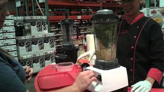 The Spinach Girl makes a breakfast smoothie with the Vitamix