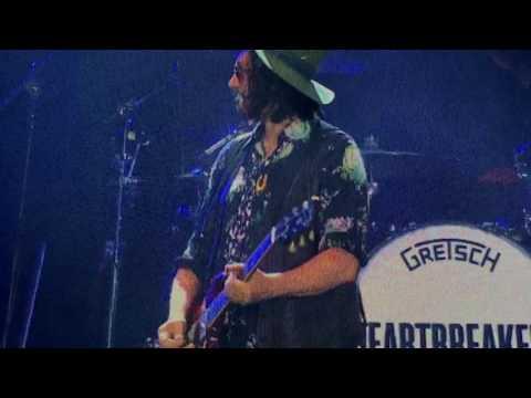 Tom Petty - Wrigley Field - You Wreck Me