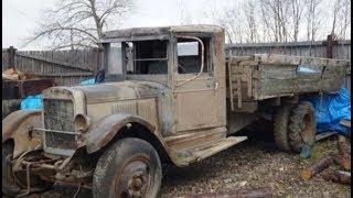 Нашли старый грузовик ЗИС у бабушки и восстановили его до оригинального состояния.Вот что получилось