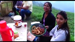Gambar cover World's Most Beautiful Place For Street Foods | Special Shally Roti, Momos Etc | Temi Tea Garden