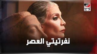 «نفرتيتي العصر».. جلسة تصوير لسوسن بدر داخل المتحف المصري تثير ضجة