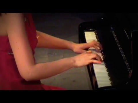 Catherine Leonard - (Bourrée 1) J.S. Bach English Suite No 2 in A Minor
