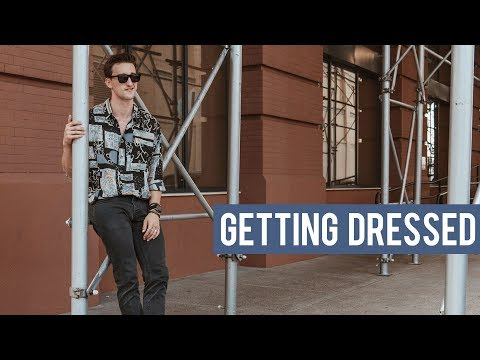 Styling A 90s Style Vintage Shirt | Getting Dressed (Outfits Step By Step #10)