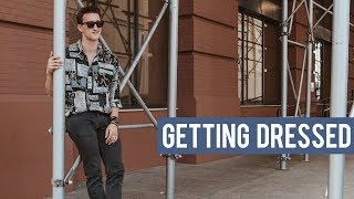 GETTING DRESSED || Styling a 90s Style Vintage Shirt
