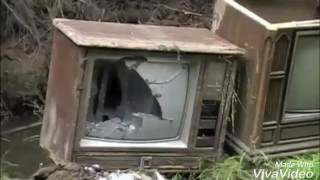 ブラウン管テレビ 破壊