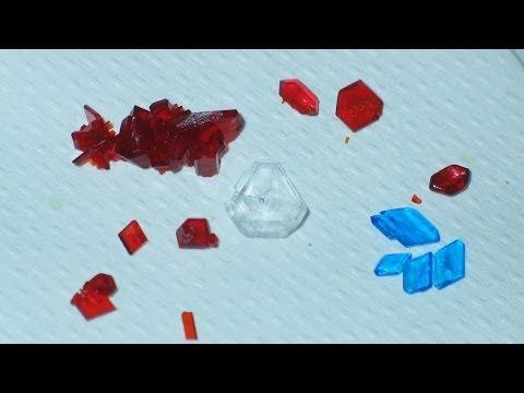 Kristalle züchten (Growing crystals)
