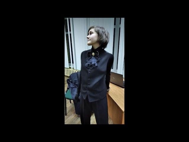 Изображение предпросмотра прочтения – МарияТураносова читает отрывок изпроизведения «Чёрный человек» С.А.Есенина