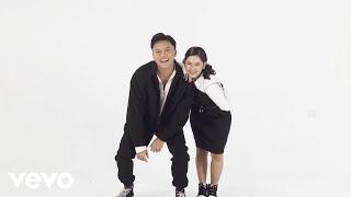 Download Rizky Febian, Ziva Magnolya - Terlukis Indah (Official Lyric Video)