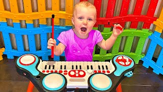 Five Kids Color fence Song Nursery Rhymes