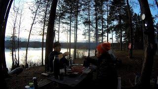 Рыбалка с ночёвкой на лесном озере в районе Нёлгомозеро Готовка на костре и выпивка 18