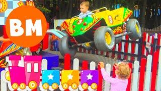 ВМ: Дети гуляют и катаются в парке Сокольники | Children walk and ride in the park Sokolniki