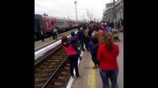 Прибытие ретро поезда