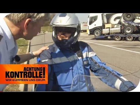Bei Motorradstreife aufgefallen: LKW Fahrer benutzt Handy! | Achtung Kontrolle | kabel eins