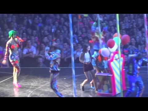 Katy Perry - Birthday - 30-11-14 Brisbane HD