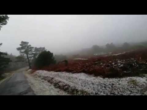 La primera nevada del otoño en A Lama