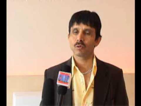 "Interview with Kamal Khan about his bhojpuri film ""Munna Pandey Berozgar"""