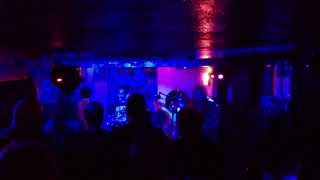 Apes, Pigs & Spacemen: Dumb - Live (secret gig at The Sitwell Tavern, Derby 31 May 2013)
