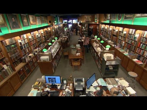 Rare bookstore still thriving in New York City