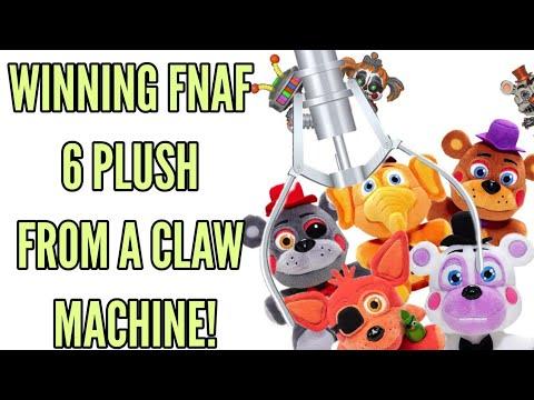 WINNING ALL THE FNAF 6 PLUSH FROM A CLAW MACHINE•Pandog76