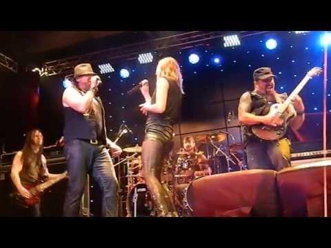 Adrenaline Mob feat. Lzzy Hale - Come Undone (Live @ Carioca Club - São Paulo, Brazil)