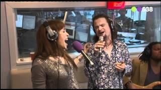 Radio 538: Glennis Grace - Seperate Lives (Live bij Evers Staat Op)