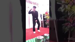Nhảy dậm chân Khá Bảnh cực chất ở đám cưới đúng chất đàn em Khá Bảnh