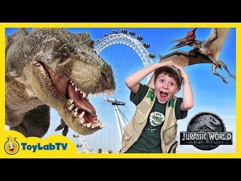 Giant Dinosaurs in London for Jurassic World Fallen Kingdom Movie Adventure & T-Rex Dinosaur Toys