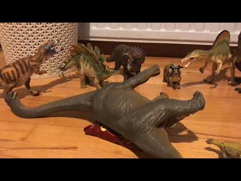 Tales from the Narrator: How the dinosaurs went extinct (skit)